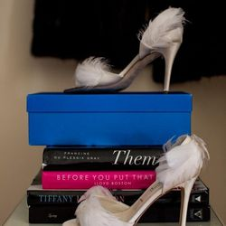 Feathered shoes