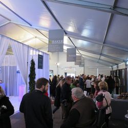 The crowds at the Tasting Tents. Photo Credit: Paula Forbes