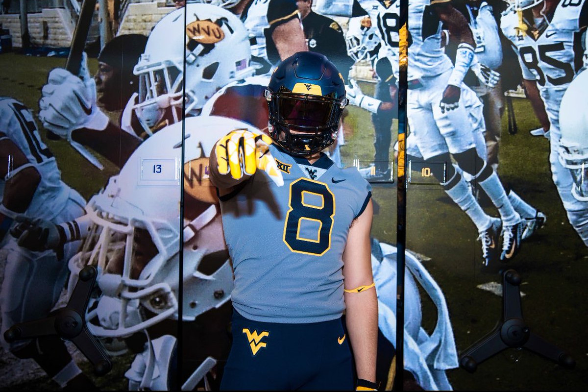 Breaking 4 Star Defensive End Aaron Lewis Commits To Wvu Over Michigan Ohio State The Smoking Musket