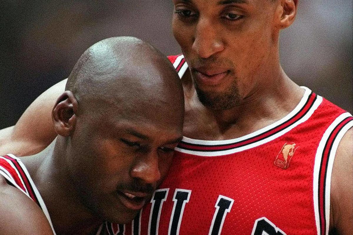 Pizza Man Say's MJ's 'Last Dance' Food Poisoning Story Is Bogus!?  [Listen Here]