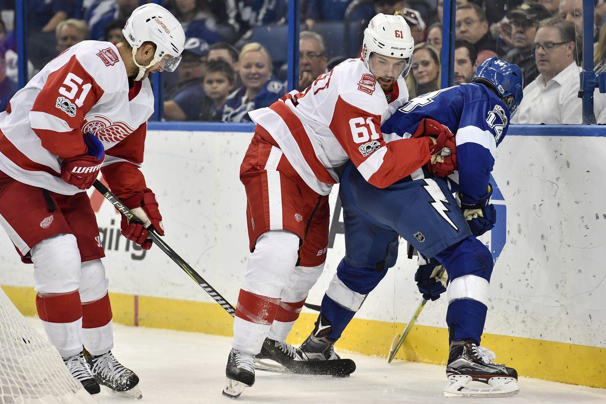 NHL: OCT 26 Red Wings at Lightning