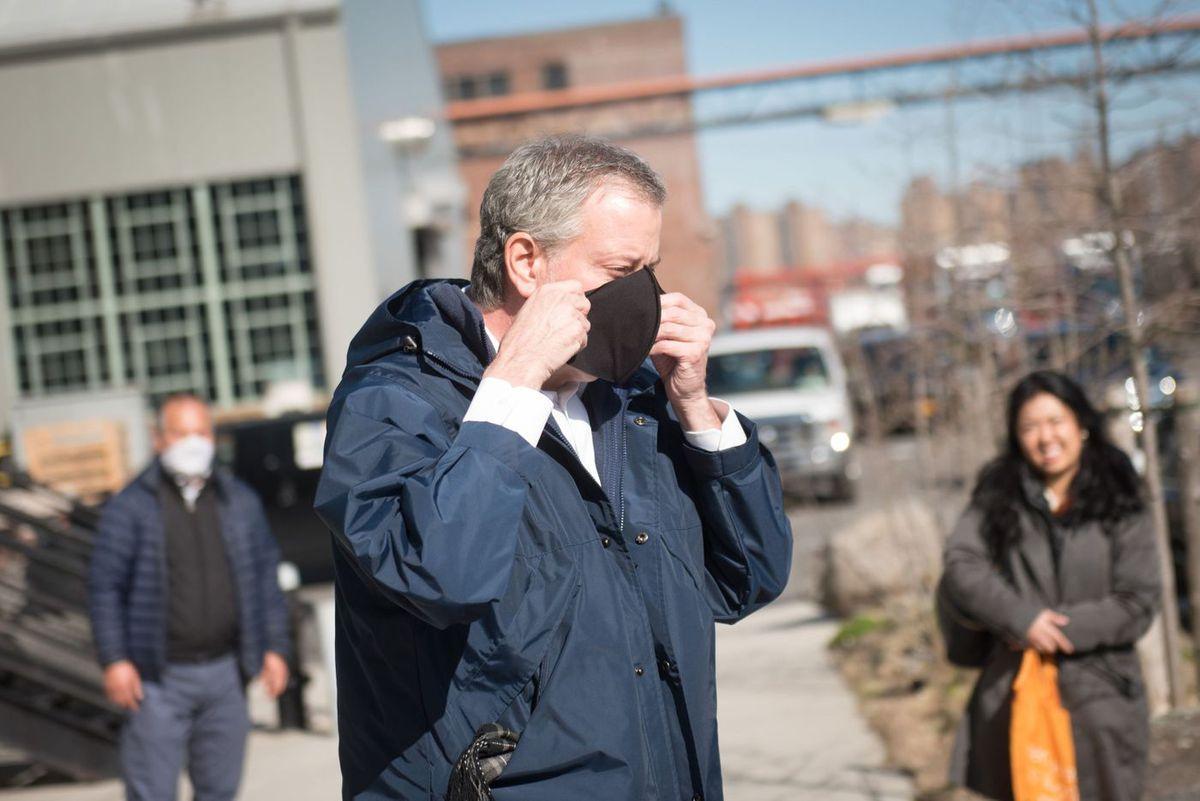 Mayor Bill de Blasio tours coronavirus supplies manufacturing at the Brooklyn Navy Yard on Monday, April 6, 2020.