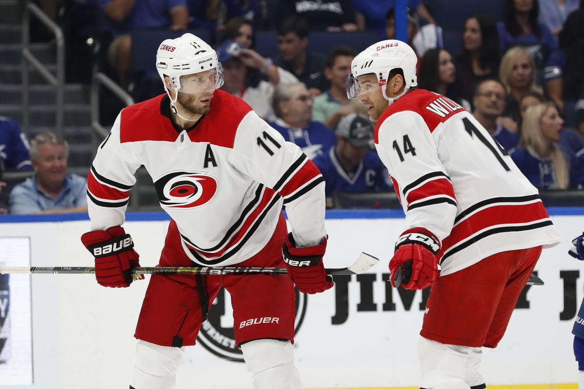 NHL: OCT 16 Hurrucanes at Lightning