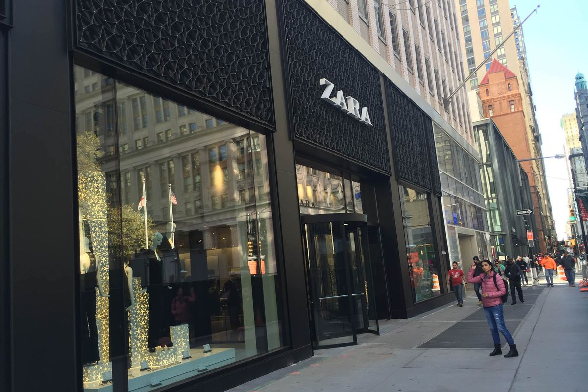 85655e7a89746 Zara in the Financial District Is Open and Not Claustrophobia-Inducing