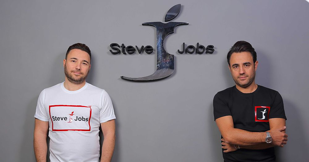 'Steve Jobs' is an Italian company ? and Apple can't do anything about it