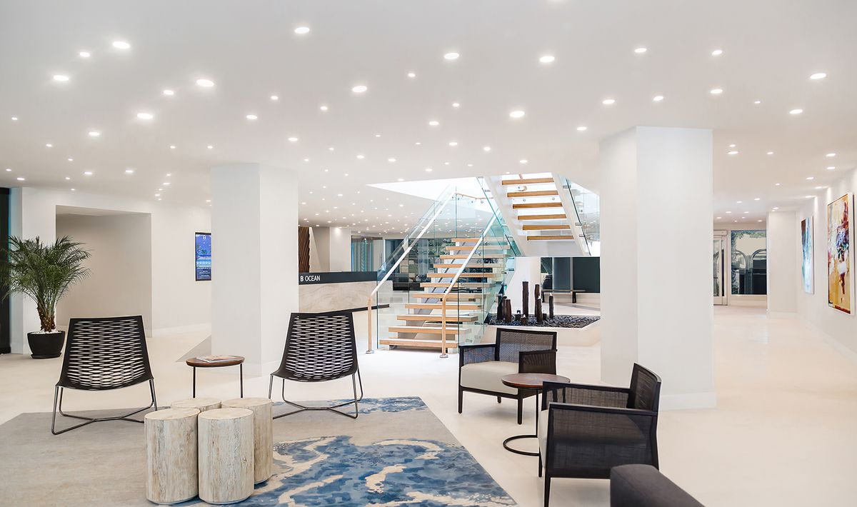 A new bright and modern interior lobby at the b ocean resort