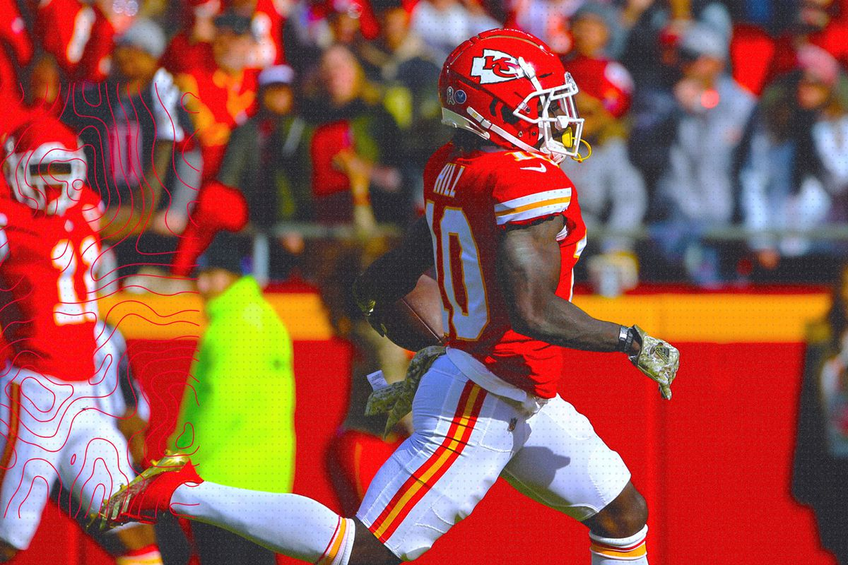 f226ab5c4 Chiefs vs. Rams  How both teams are breaking the NFL in their own ...