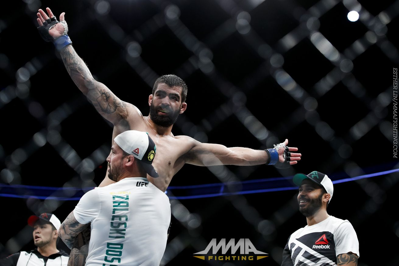 Elizeu Zaleski recounts journey from countryside farm to UFC on FOX 25