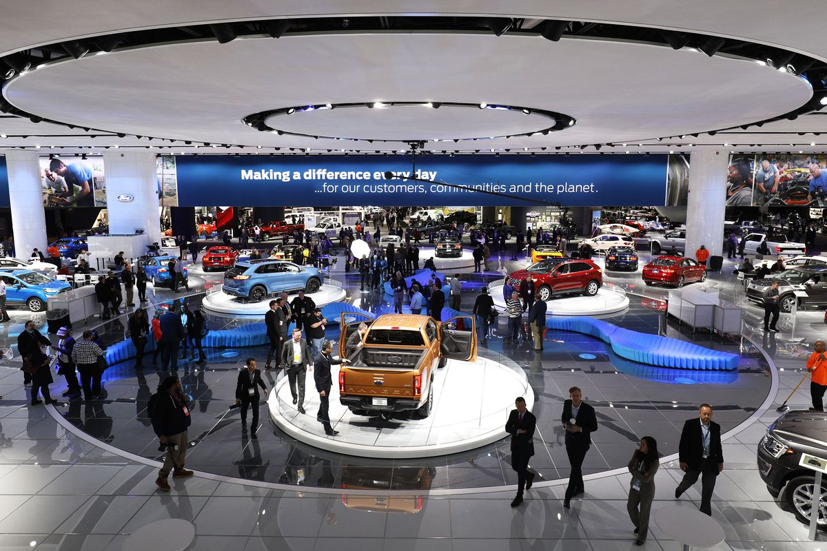 How Caterers Keep 800 000 Visitors Fed During Naias