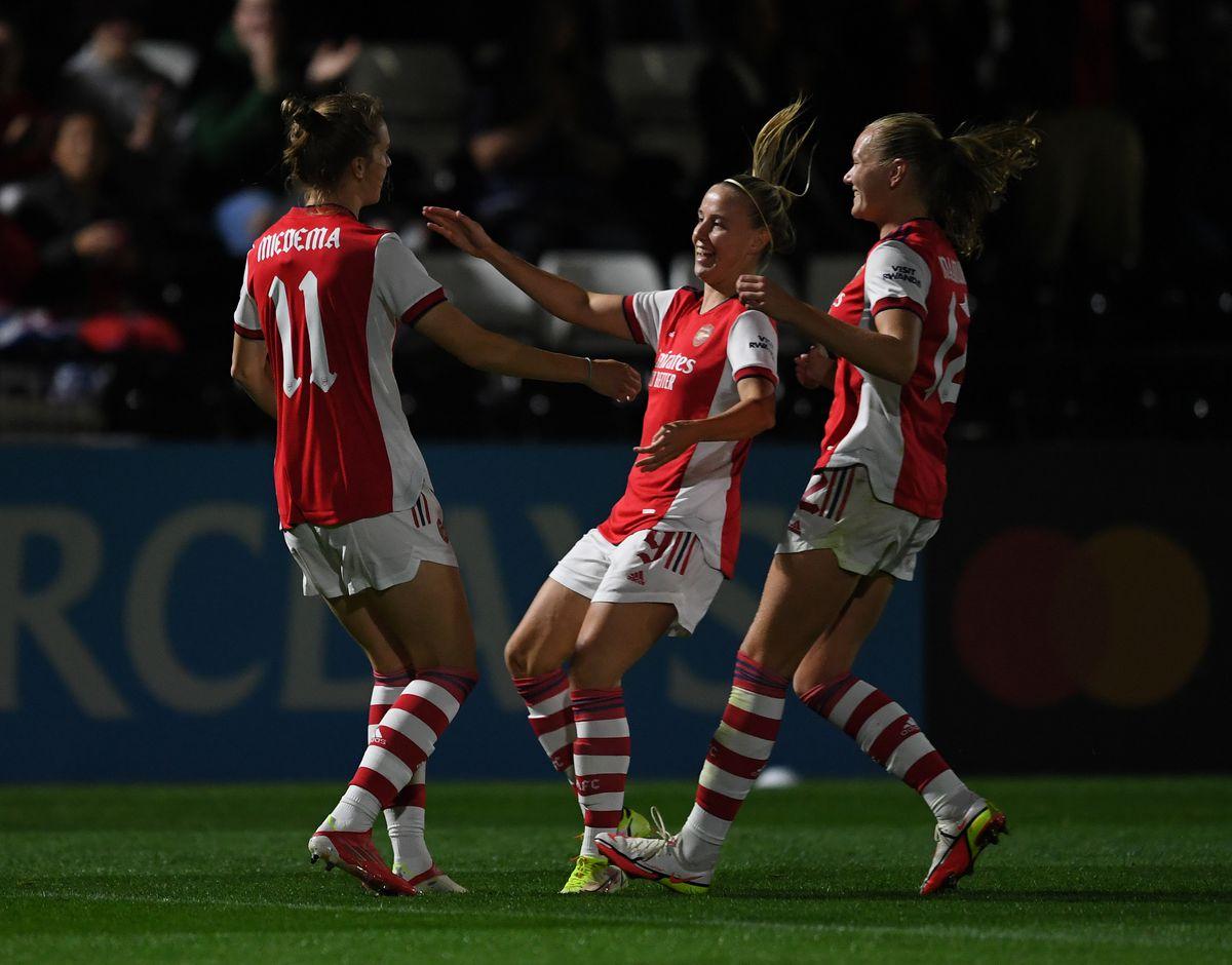 Arsenal v Slavia Prague - UEFA Women's Champions League