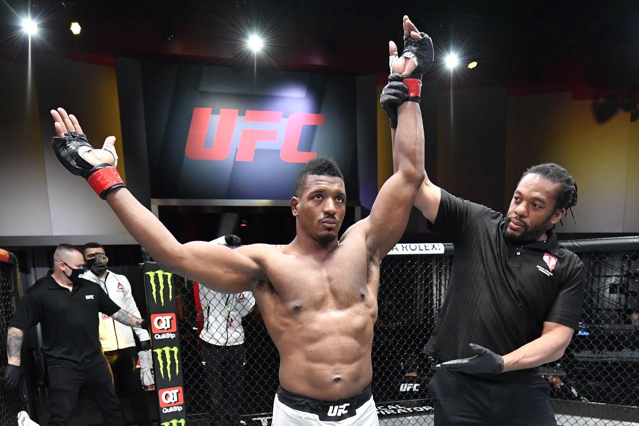 UFC 260: Menifield v Cherant
