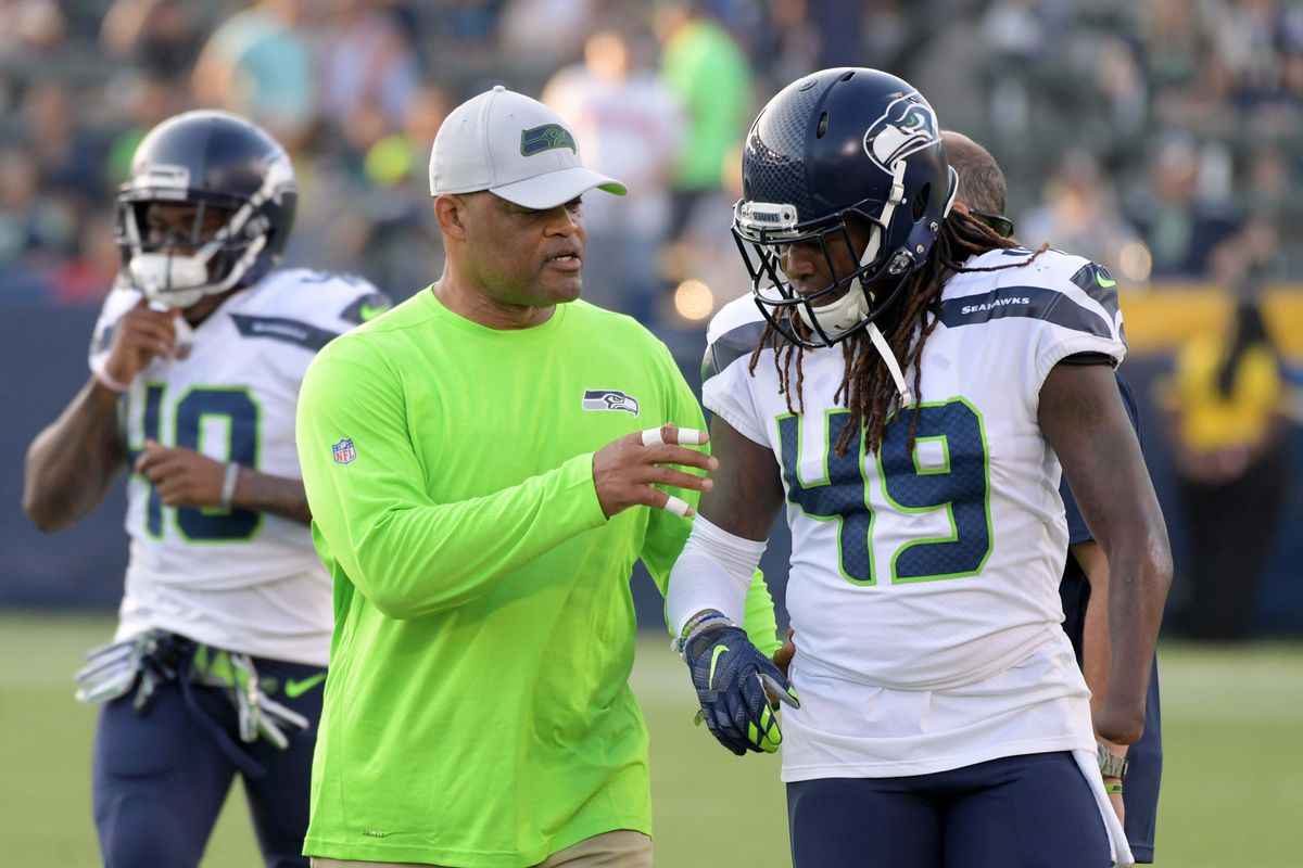 Raiders week 6 preview  Five questions with Seahawks writer - Silver ... 26a6e4395