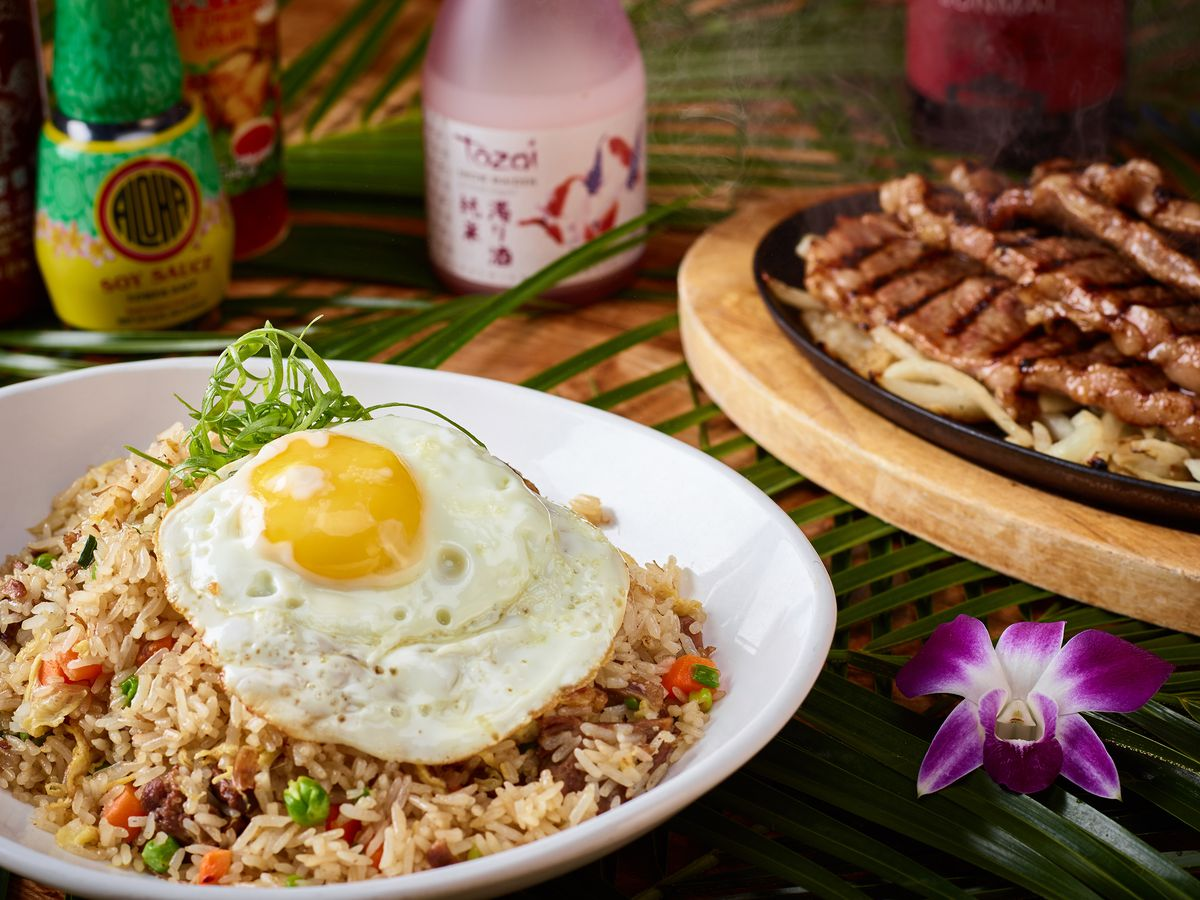 Oxtail fried rice at California Noodle House