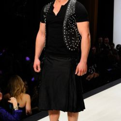 Harry Potter's Freddie rocks the S&M-updated kilt ensemble