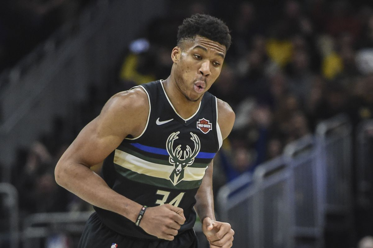 You Should See Giannis Antetokounmpo In A Crown Sbnation Com