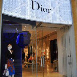 """Dior at Via Bellagio. <span class=""""credit""""><em>[Photos: Bradley Martin]</em></span>"""