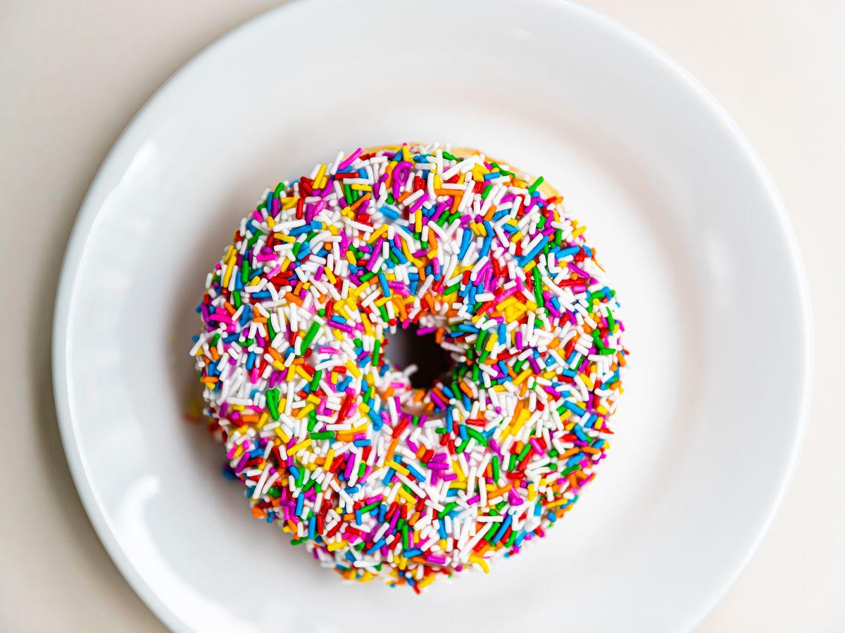 sprinkle doughnut