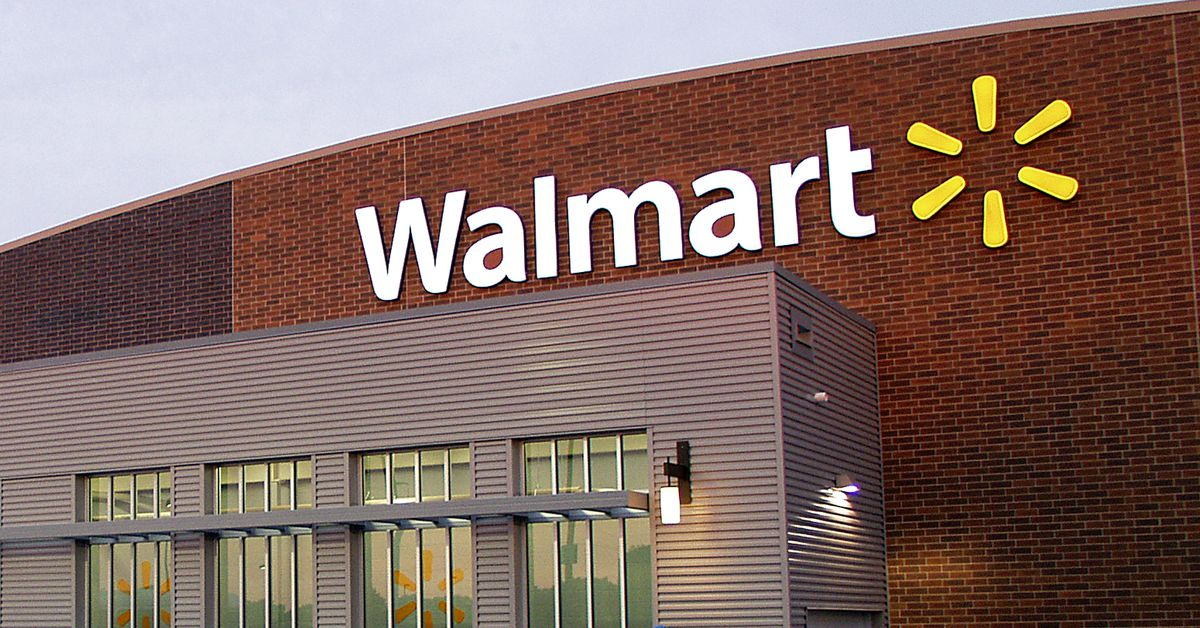 Walmart pulls violent video games, movies from in-store displays
