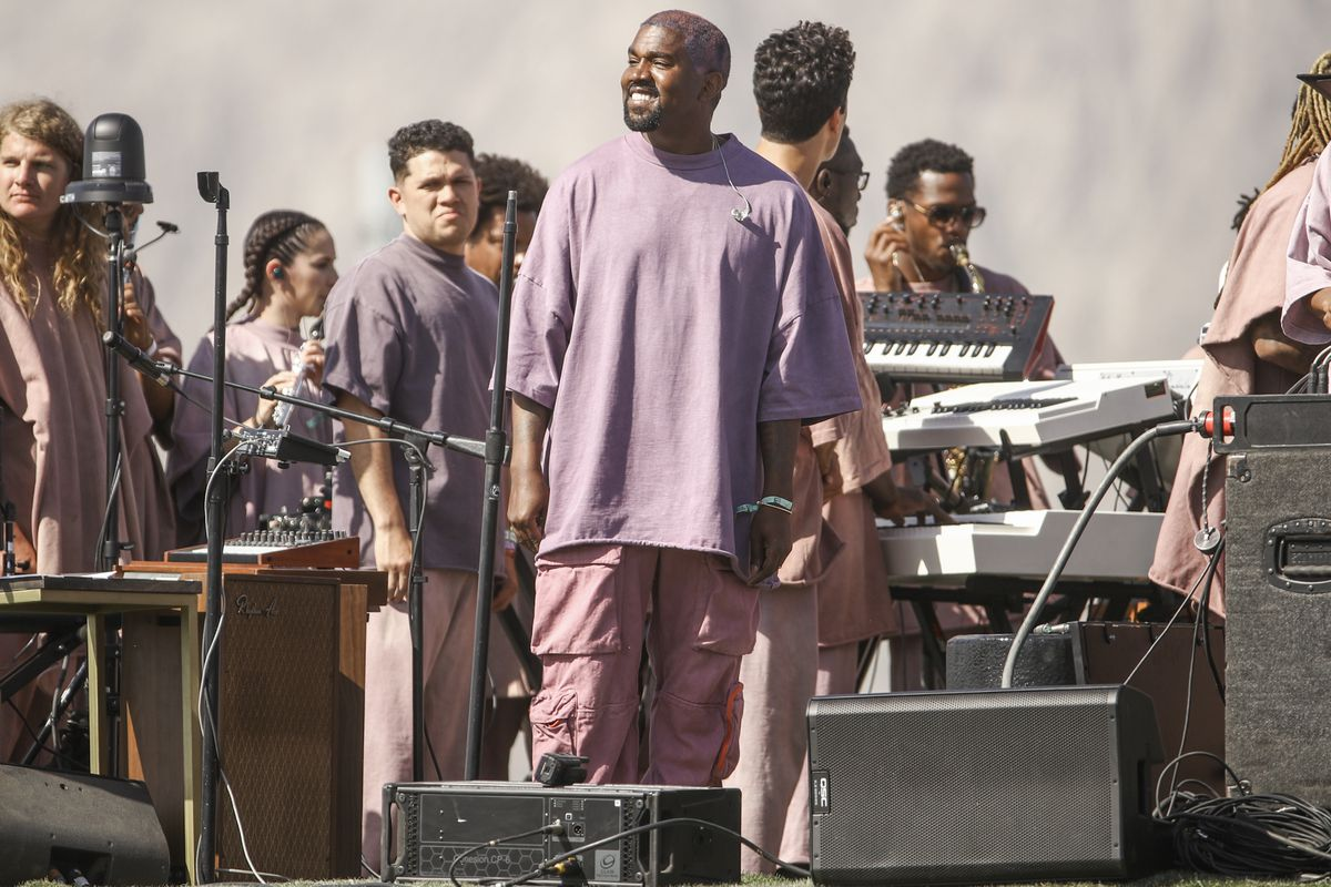 Kanye West performing again the 2019 Coachella Valley Music And Arts Festival