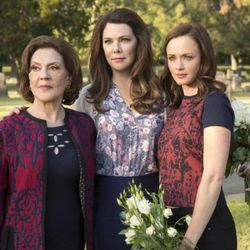 """""""Gilmore Girls: A Year in the Life"""" is now on DVD, with Kelly Bishop, left, Lauren Graham and Alexis Bledel reprising their roles from the original series."""