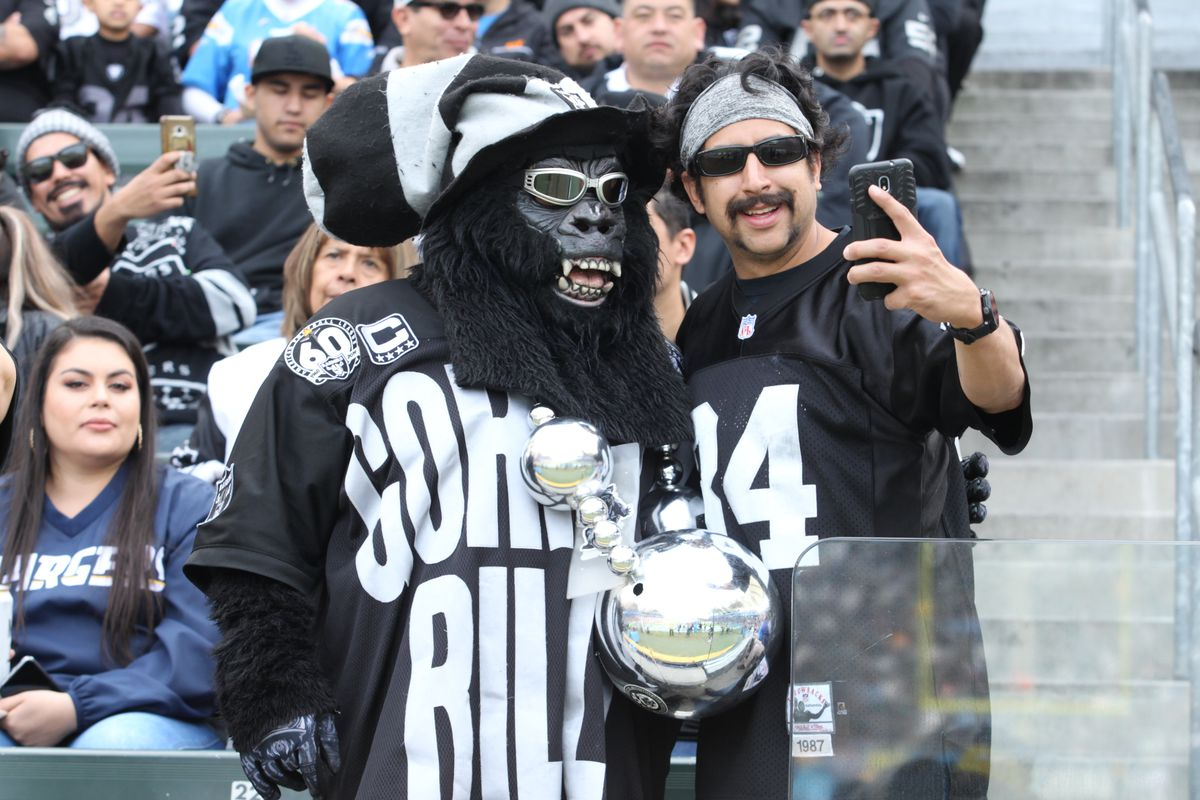 NFL: DEC 22 Raiders at Chargers