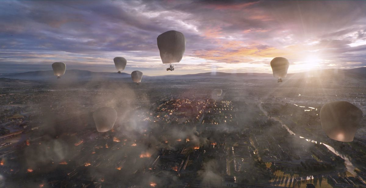 Hot air balloons in ancient China from the movie The Great Wall