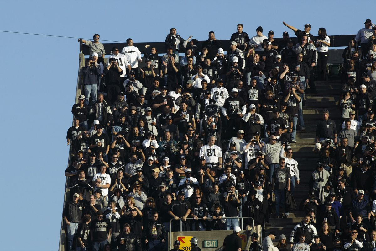 Oakland fans show their colors