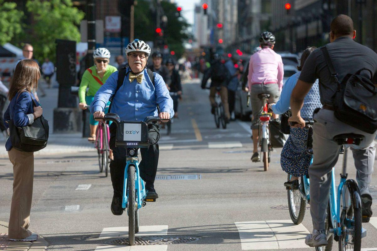 chicago's divvy bike share