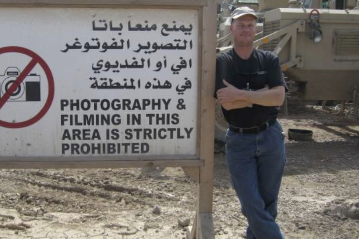 Mark Frerichs, a contractor from western suburban Lombard, poses in Iraq in this undated photo.