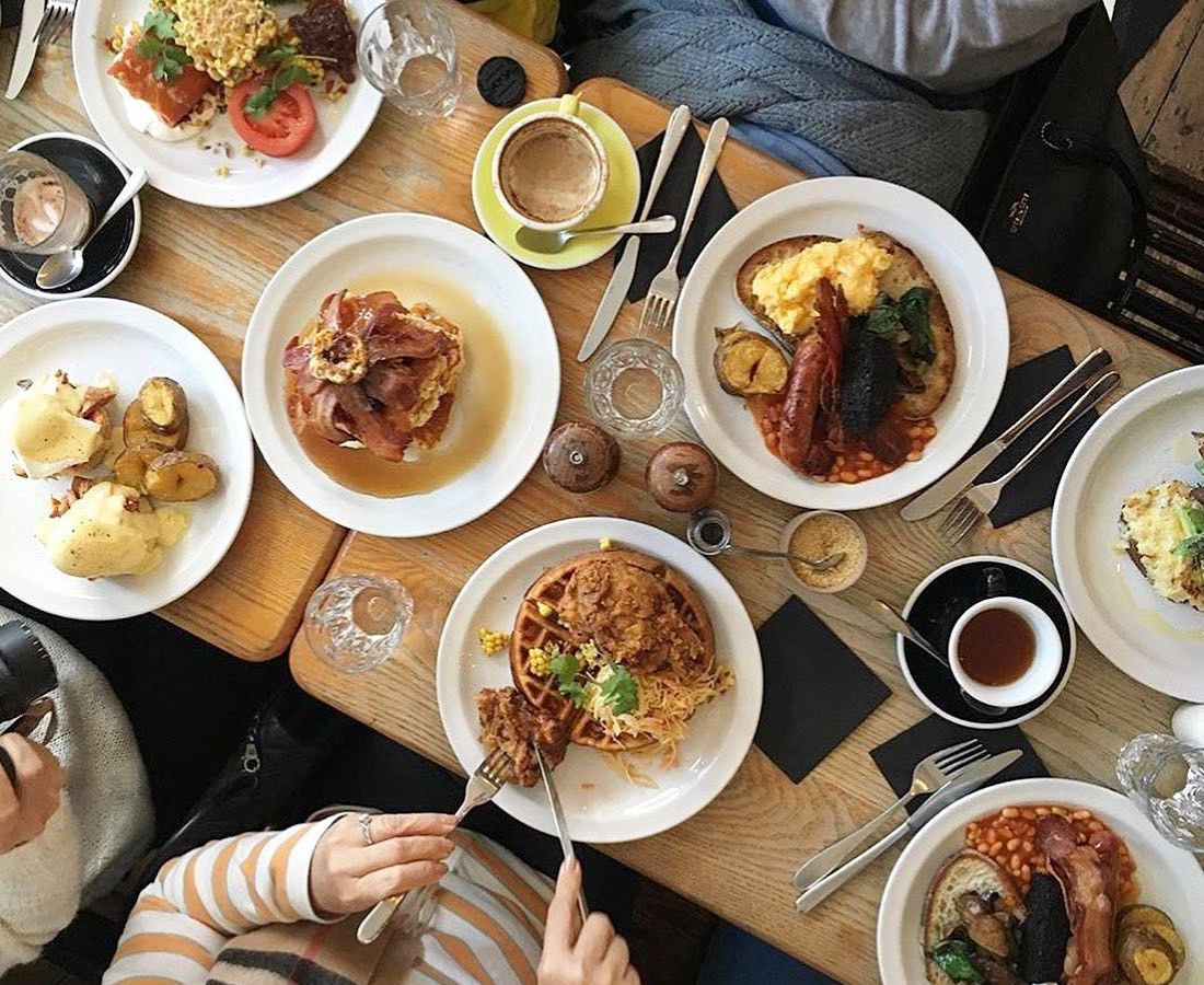 Brunch at Sunday, one of the best restaurants in Islington