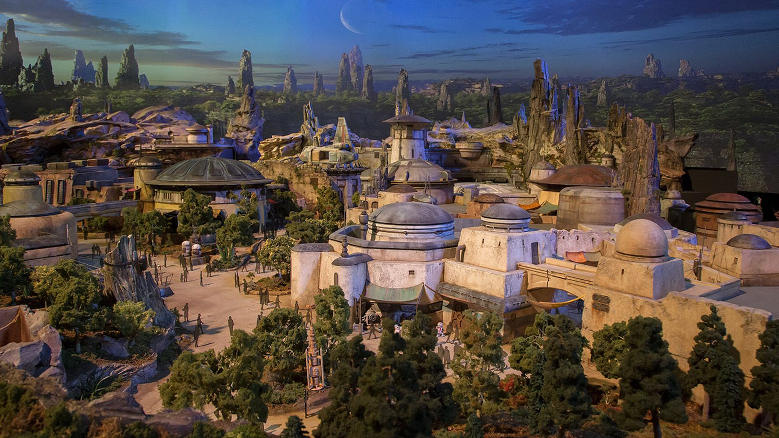 Star Wars Land gets an official name, will include BB-8, Chewbacca and Kylo Ren