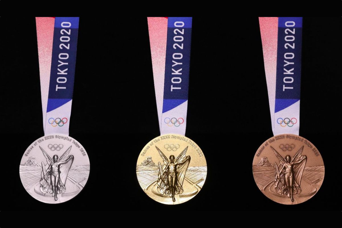 Tokyo unveils 2020 Olympic medals harvested from old gadgets - The Verge