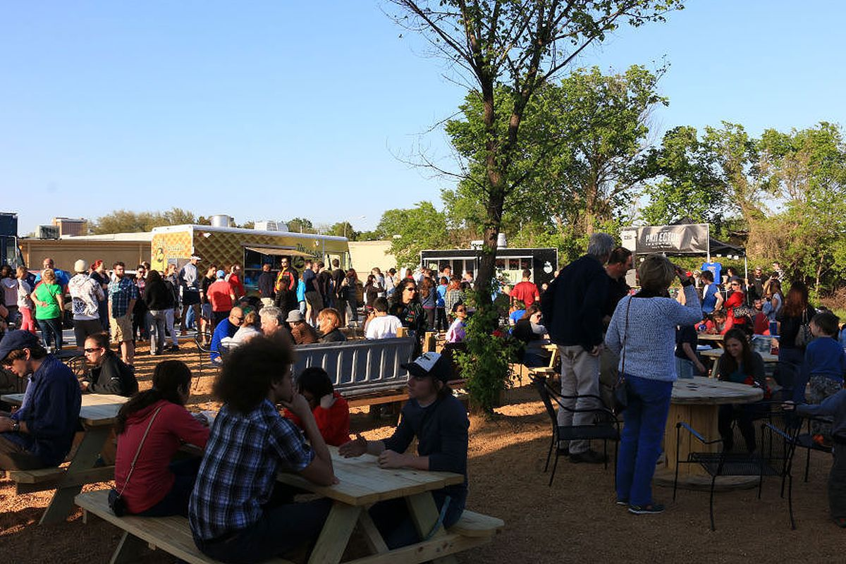 Food Truck Parks In Austin Texas