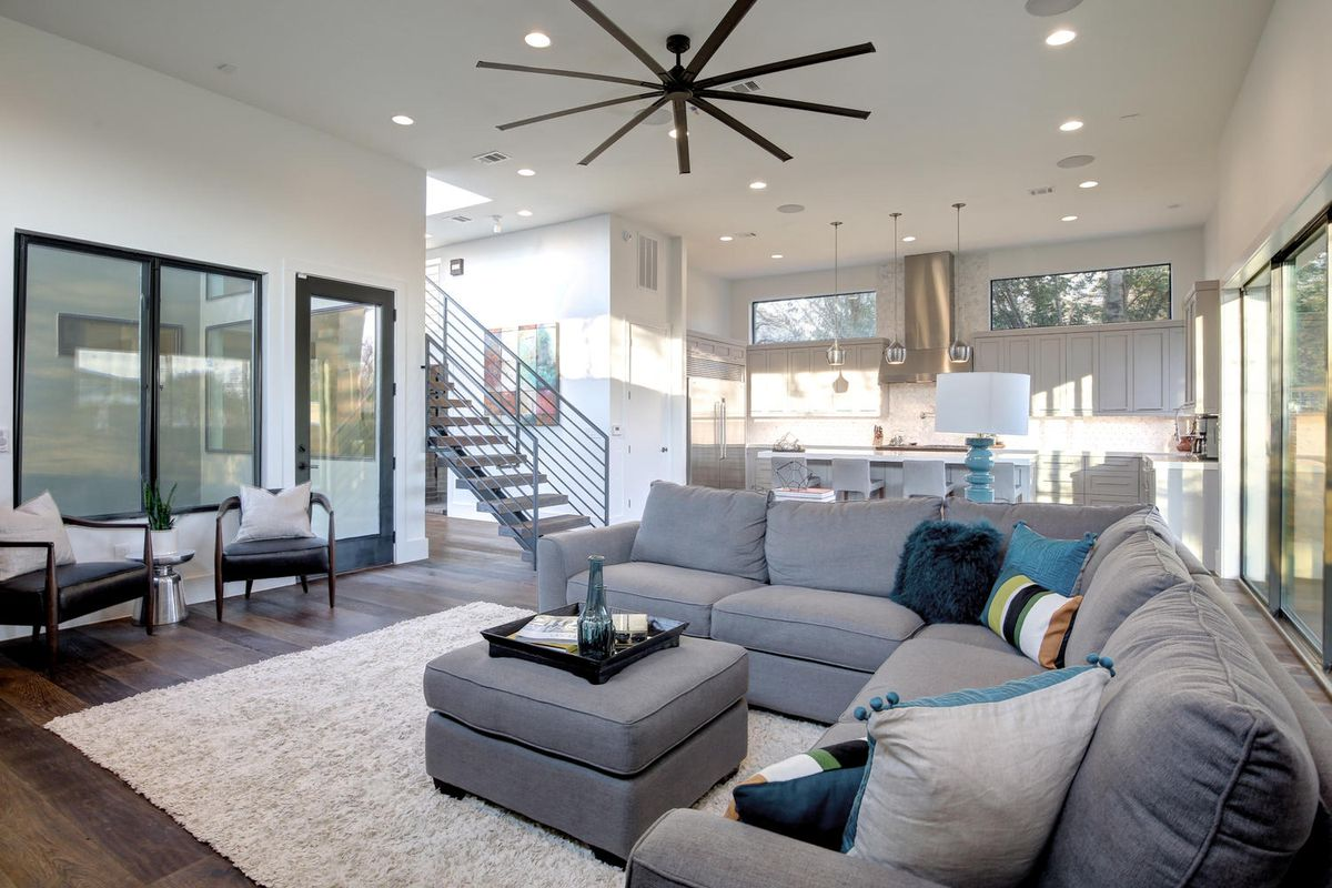Peek inside 13 exciting abodes from the Austin Modern Home Tour ...