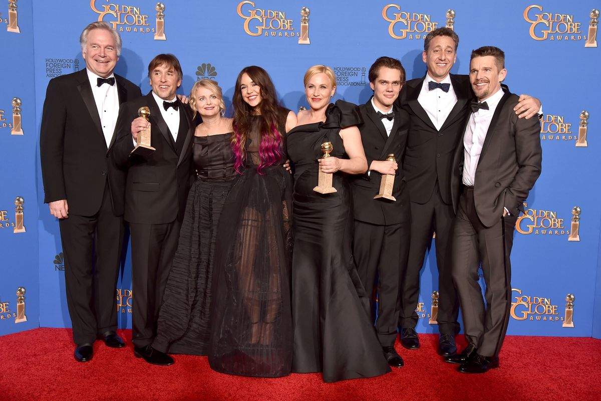 The cast and crew of Boyhood celebrate their Best Picture, Drama, win at the Golden Globes.