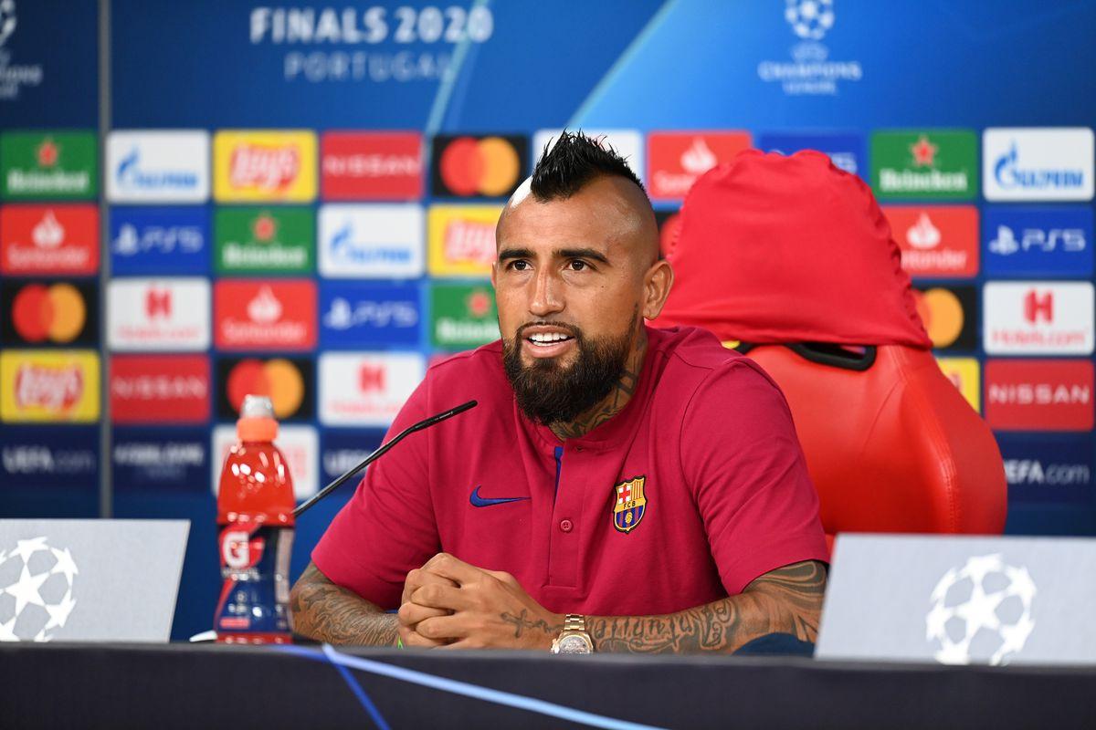 Arturo Vidal warns Bayern ahead of Champions League clash - Barca ...