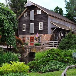 <strong>3) Peddler's Village</strong><br> <em>Route 202 and Route 263, Lahaska, Pa.; (215) 794-4000</em><br>  Situated upon 42 landscaped acres, Peddler's Village is home to 65 specialty boutiques, all of which are independently-owned and -operated. Si