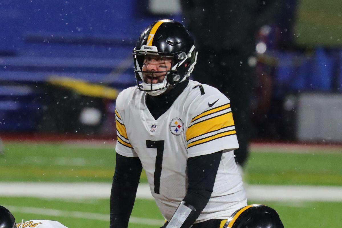 Pittsburgh Steelers v Buffalo Bills