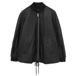 "<b>COS</b>, <a href=""http://www.cosstores.com/us/Shop/Women/Coats_Jackets/A-line_leather_jacket/46891-15332806.1#c-15133331"">$450</a>"