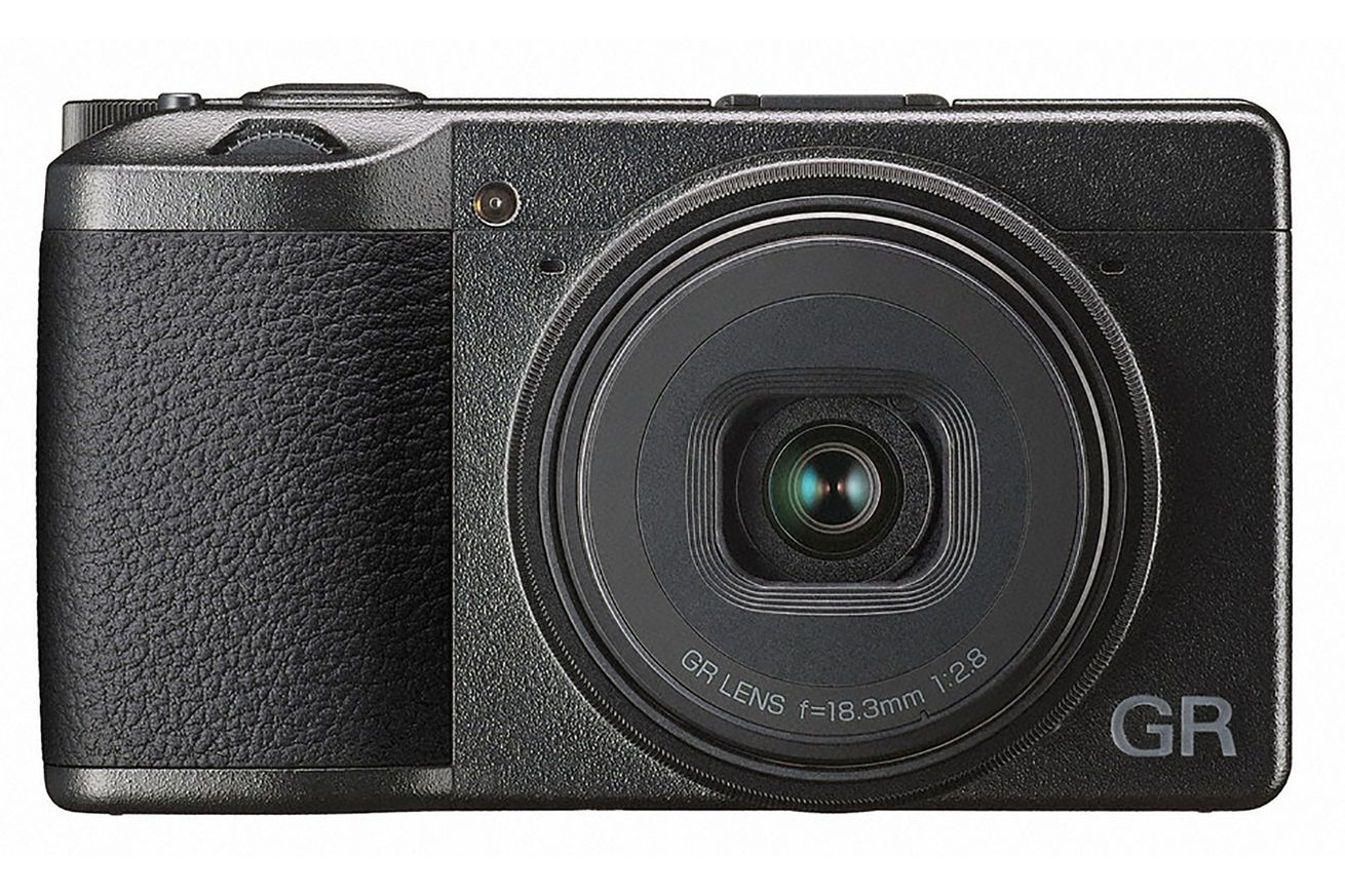 ricoh s ultimate compact griii is coming next year