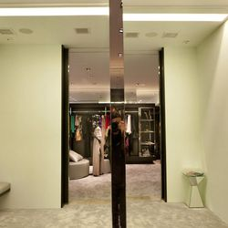 We're digging the spacious mirrored dressing rooms.