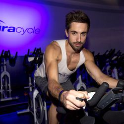 """<a href=""""http://la.racked.com/archives/2013/08/05/hottest_trainer_contestant_1_maurizio_pelone.php""""target=""""_blank"""">Maurizio Pelone of AuraCycle</a>"""