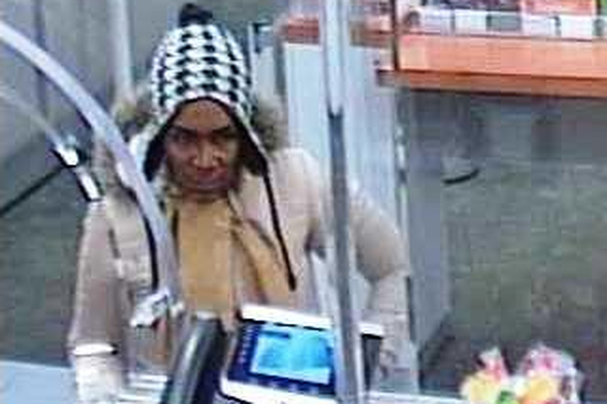 PNC Bank branch robbed on Near West Side - Chicago Sun-Times