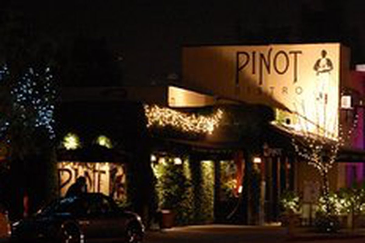 Another One Bites The Dust Patina Restaurant That Is This Time Around 20 Year Old Ventura Blvd Fixture Pinot Bistro Has Come To End Of Its
