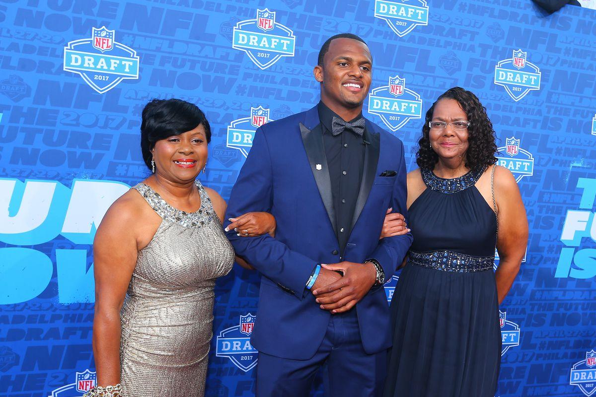 NFL: APR 27 2017 NFL Draft Red Carpet