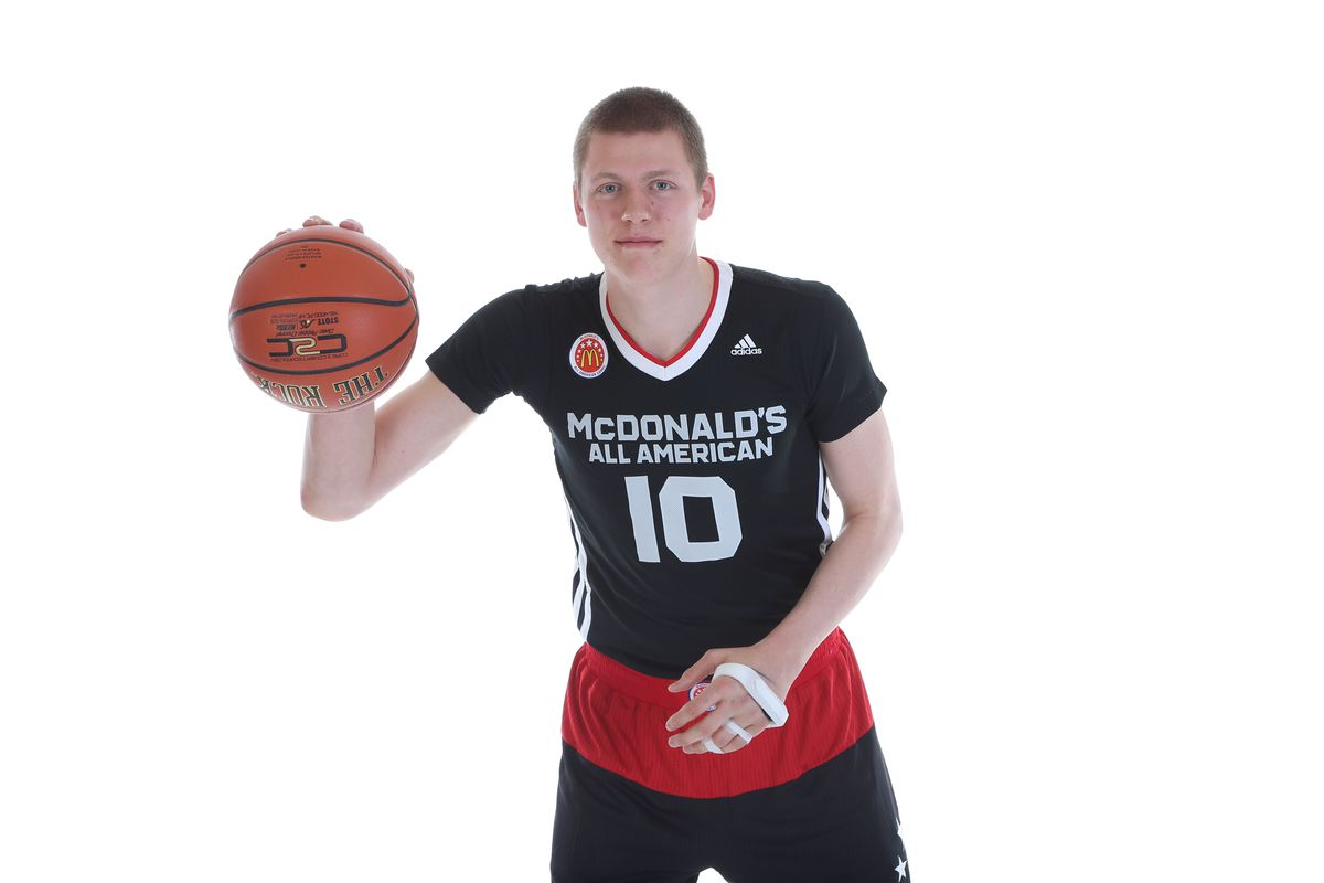 Everybody wanted Henry Ellenson, but Steve Wojciechowski persuaded him to attend Marquette.