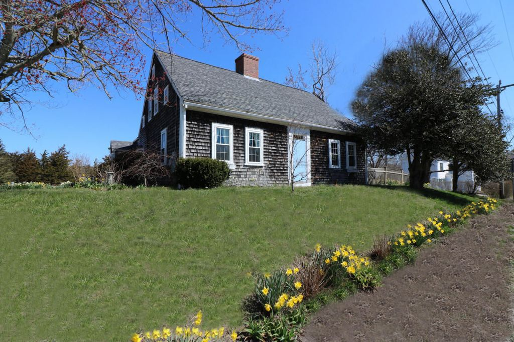 3 Historic Houses On Cape Cod For Sale Right Now