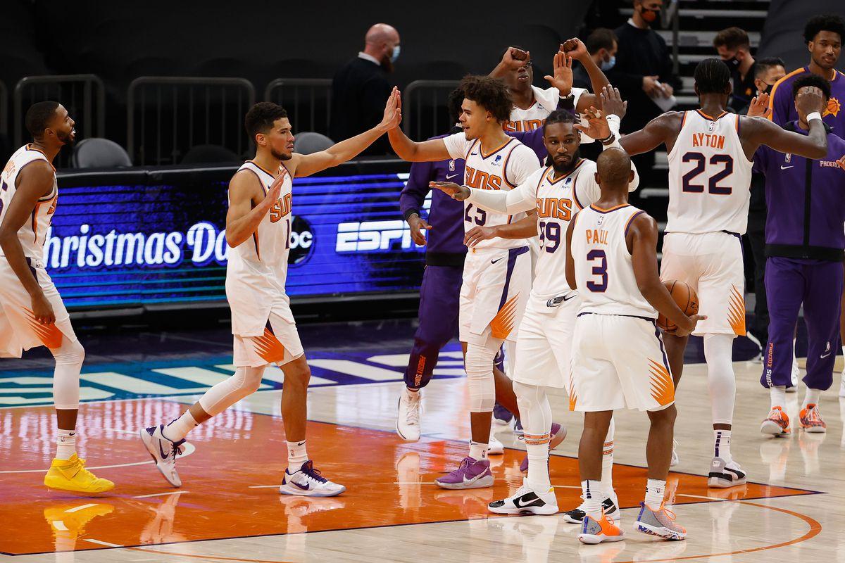 Dallas Mavericks v Phoenix Suns