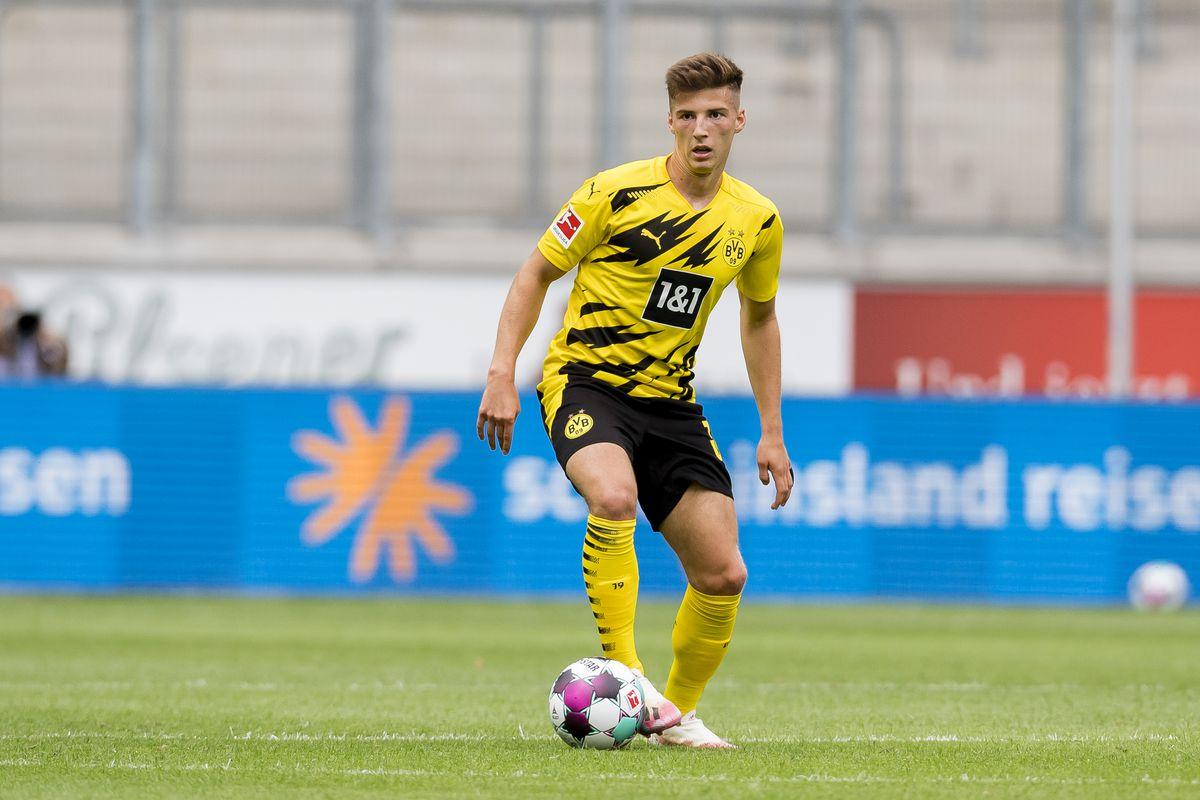 Borussia Dortmund v Feyenoord Rooterdam - Schauinsland-Reisen Cup Der Traditionen