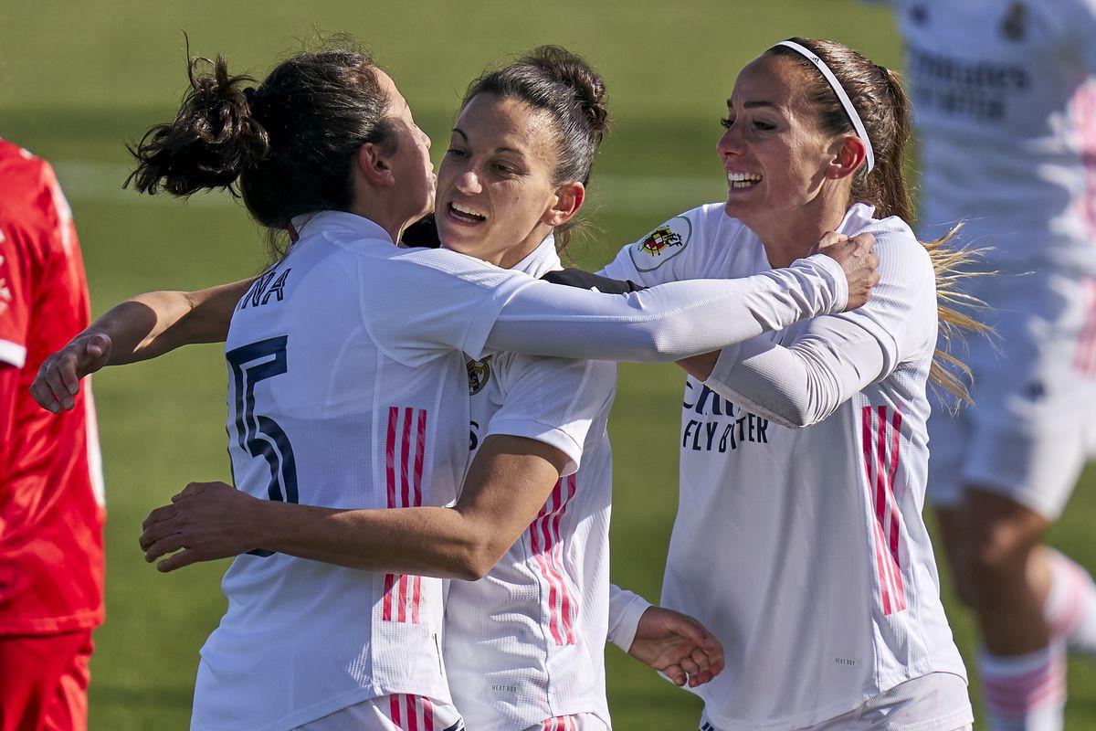 Real Madrid Femenino v Sevilla Femenino - Primera Division Femenina